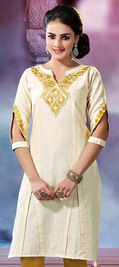 423829 White and Off White  color family Cotton Kurtis in Cotton,Khadi fabric with Machine Embroidery,Patch work .