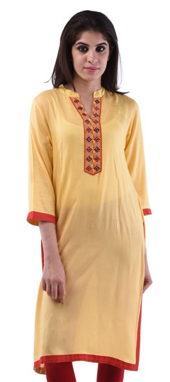 432715: Casual Yellow color Kurti in Cotton fabric with  Lace, Thread work