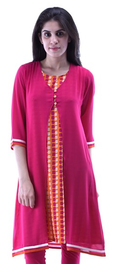 432924 Pink and Majenta  color family Kurti in Cotton fabric with Printed work .
