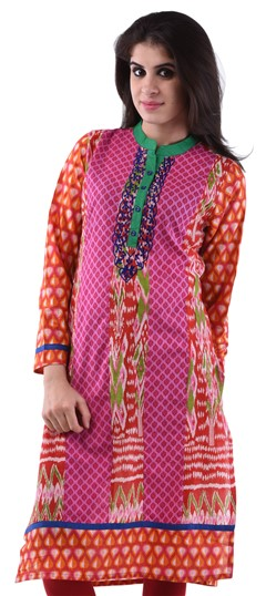 432965 Pink and Majenta  color family Cotton Kurtis,Printed Kurtis in Cotton fabric with Printed work .