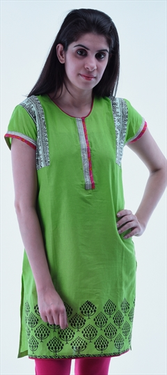 434289 Green  color family Cotton Kurtis,Printed Kurtis in Cotton fabric with Printed work .
