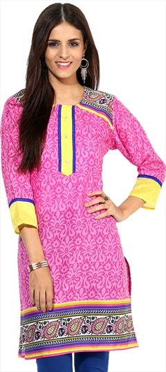 446096 Pink and Majenta  color family Cotton Kurtis,Printed Kurtis in Cotton fabric with Printed work .