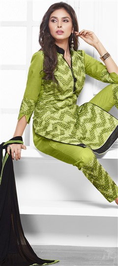 475207 Green  color family Cotton Salwar Kameez in Cotton fabric with Lace, Machine Embroidery, Resham, Thread work .