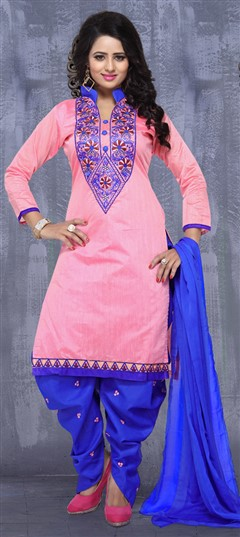 476293 Pink and Majenta  color family Cotton Salwar Kameez in Cotton fabric with Lace, Machine Embroidery, Thread work .