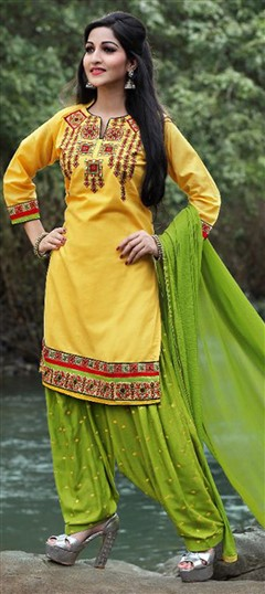 478028 Yellow  color family Cotton Salwar Kameez in Cotton fabric with Lace, Machine Embroidery, Resham, Thread work .
