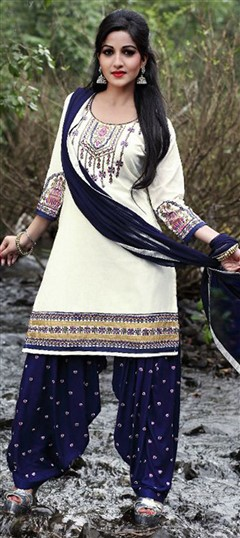 478029 White and Off White  color family Cotton Salwar Kameez in Cotton fabric with Lace, Machine Embroidery, Resham, Thread work .
