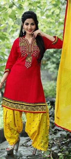 478030 Red and Maroon  color family Cotton Salwar Kameez in Cotton fabric with Lace, Machine Embroidery, Resham, Thread work .