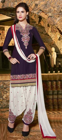 478910 Purple and Violet  color family Cotton Salwar Kameez in Cotton fabric with Lace, Machine Embroidery, Resham, Thread work .
