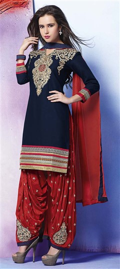 478926 Blue  color family Party Wear Salwar Kameez in Cotton fabric with Lace, Machine Embroidery, Resham, Thread work .