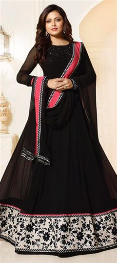 479582 Black and Grey  color family Bollywood Salwar Kameez in Faux Georgette fabric with Machine Embroidery,Resham,Stone,Thread work .