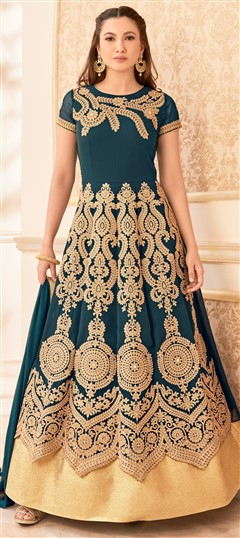 481442 Green  color family Anarkali Suits in Faux Georgette,Net fabric with Machine Embroidery,Resham,Stone,Thread,Zari work .