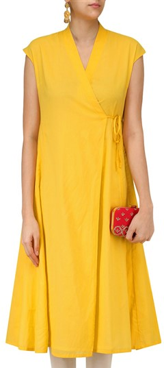 489343 Yellow  color family Anarkali style Kurtis in Silk fabric with Thread work .