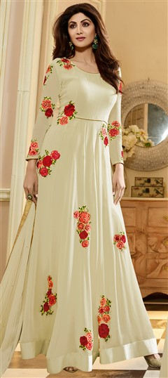498471 White and Off White  color family Bollywood Salwar Kameez in Georgette fabric with Machine Embroidery,Patch,Thread work .