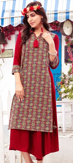 904459 Multicolor  color family Printed Kurtis in Cotton fabric with Printed work .