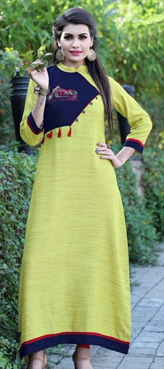 909489 Green  color family Long Kurtis in Khadi fabric with Machine Embroidery, Thread work .