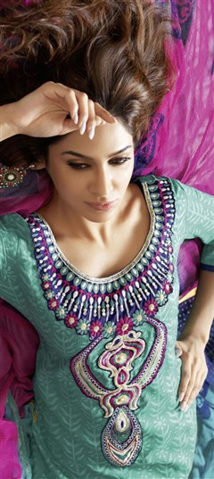 96184, Cotton Salwar Kameez, Cotton, Machine Embroidery, Resham, Thread, Printed, Green Color Family