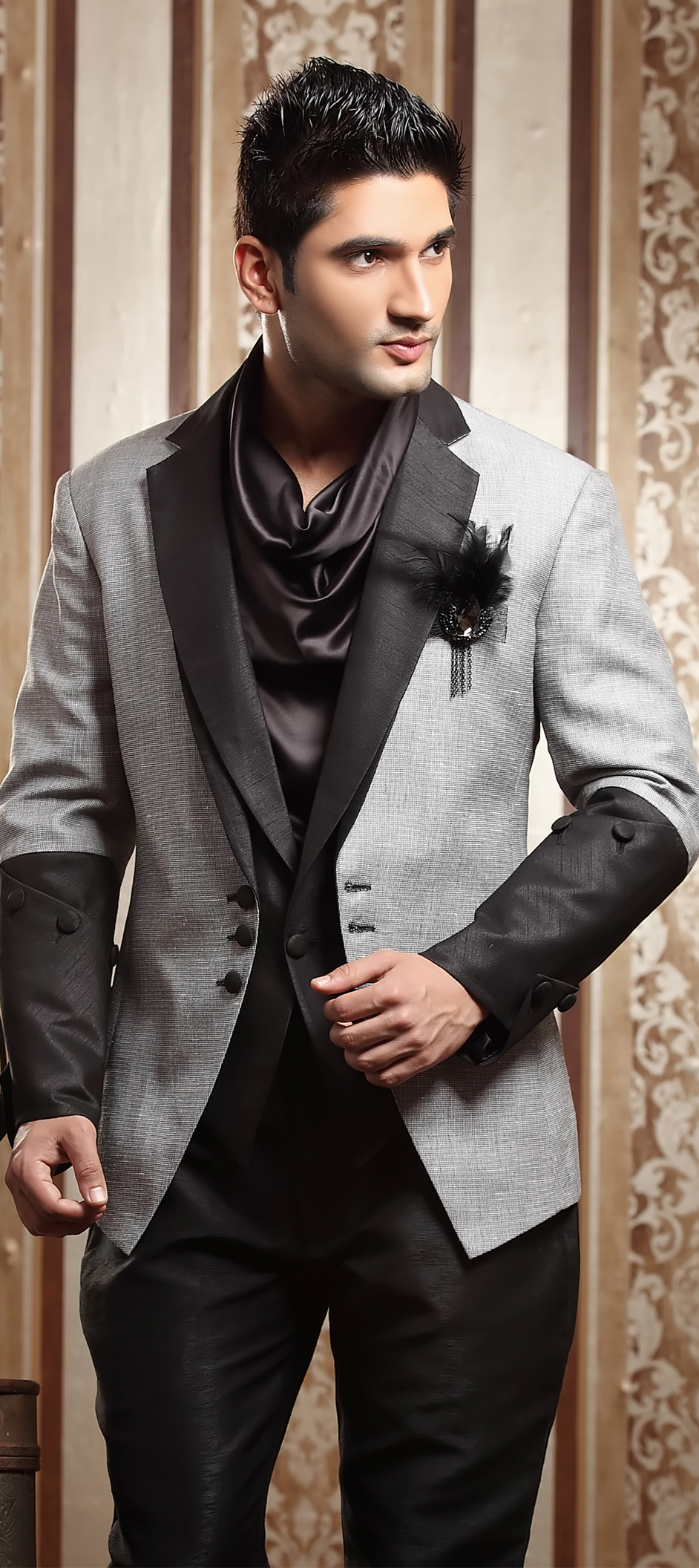 Luxury Indian Men Wedding Suits Elaboration - Wedding Dress Ideas ...