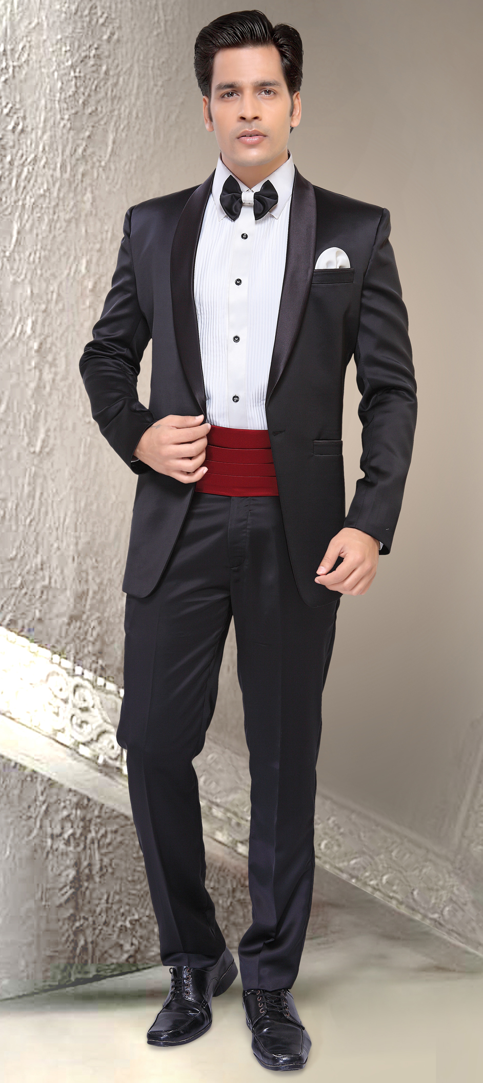 Men s Tuxedos, Wedding Tuxedos & Suits | Indian Wedding Saree