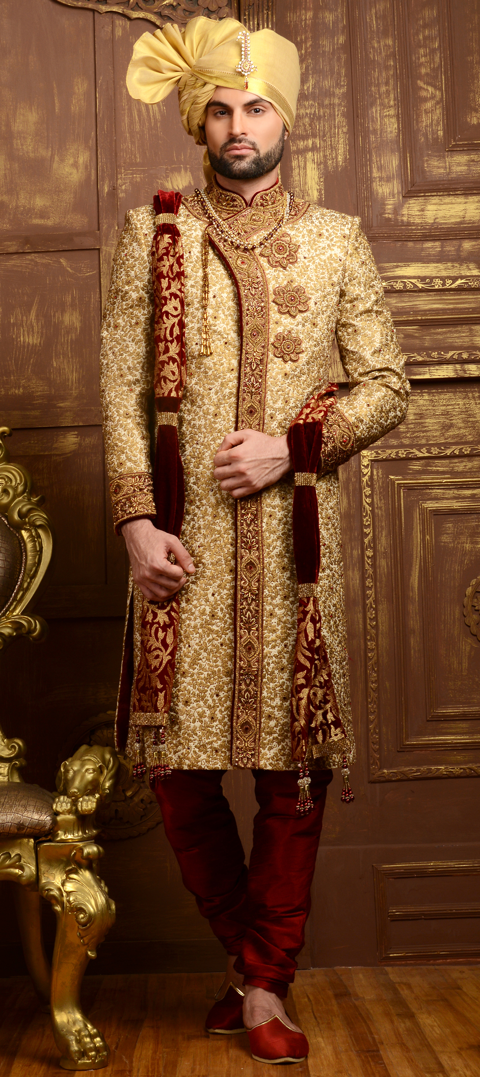 4 DESIGNER SHERWANI TRENDS TO SHOP FOR THIS YEAR!