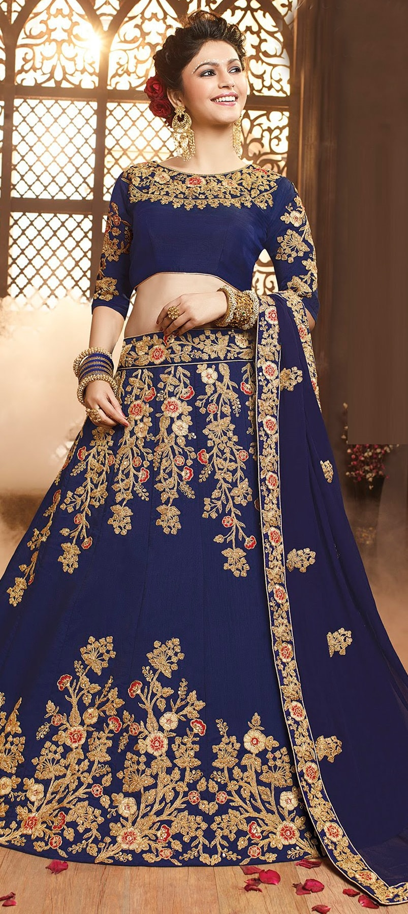 HOW TO PERSONALIZE YOUR INDIAN LEHENGAS?